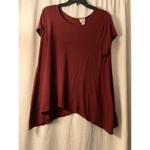 Burgundy short sleeve top